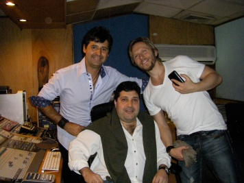 Recording vocal with Noel Schajris and Alfredo Matheus
